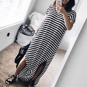 Dresses & Skirts - Long Maxi Dress XL
